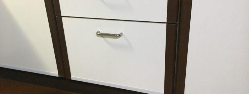 実家の片づけ|キッチン扉をリフレッシュby便利屋ハッピー