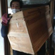 埼玉県川口市|屋根裏から荷物を下ろす、ついでにコンセント修理も by便利屋ハッピー