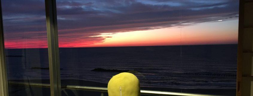 山形県庄内地方|日本海に沈む夕日、美しきマジックアワー! by便利屋ハッピー