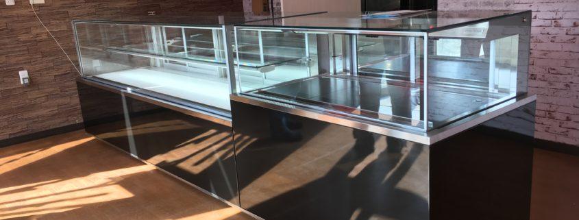 埼玉県川口市|洋菓子製造販売店舗開店準備⑥厨房機器、ショーケース搬入 by便利屋ハッピー