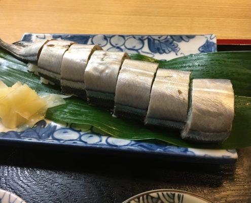 三重県熊野名物さんま姿ずしと、めはり寿司 by便利屋ハッピー