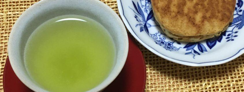 新茶と黒松(どらやき)の最強タッグ! by便利屋ハッピー