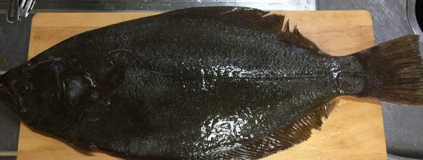 青森産生き〆天然ヒラメと貝の3種盛り出来上がりました by便利屋ハッピー